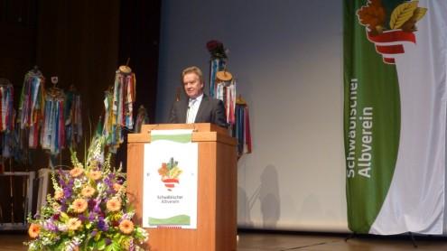 Umweltminister Franz Untersteller hält die Festrede bei der Hauptversammlung